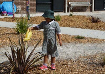 Kids_Gardening_01